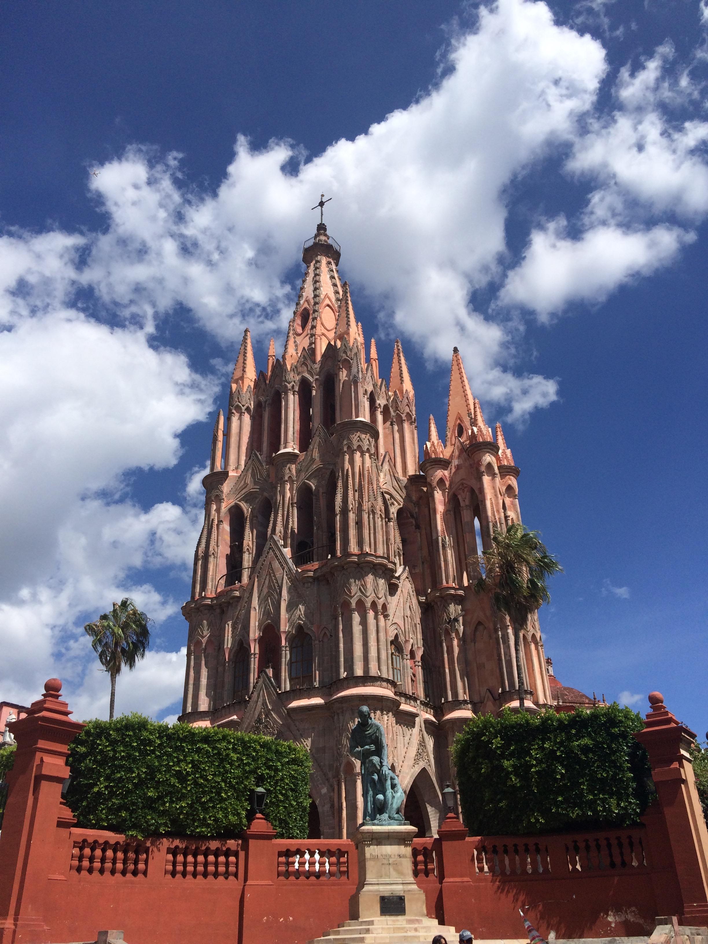 parroquia de san miguel.jpg