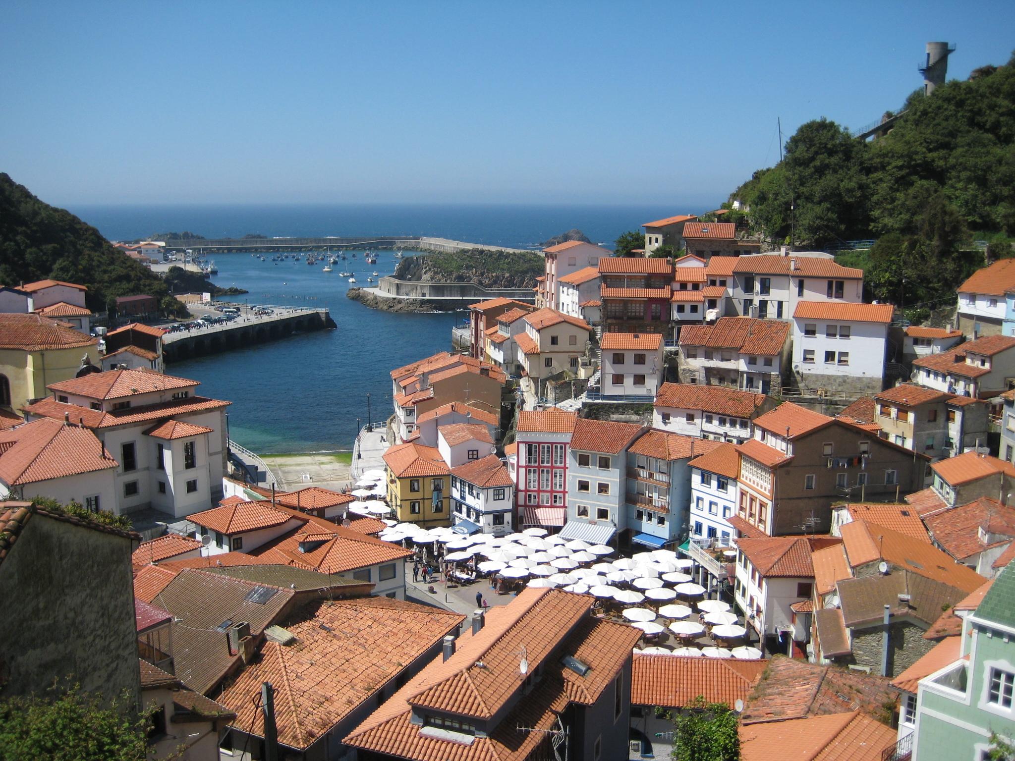 Cudillero_Asturias.jpg