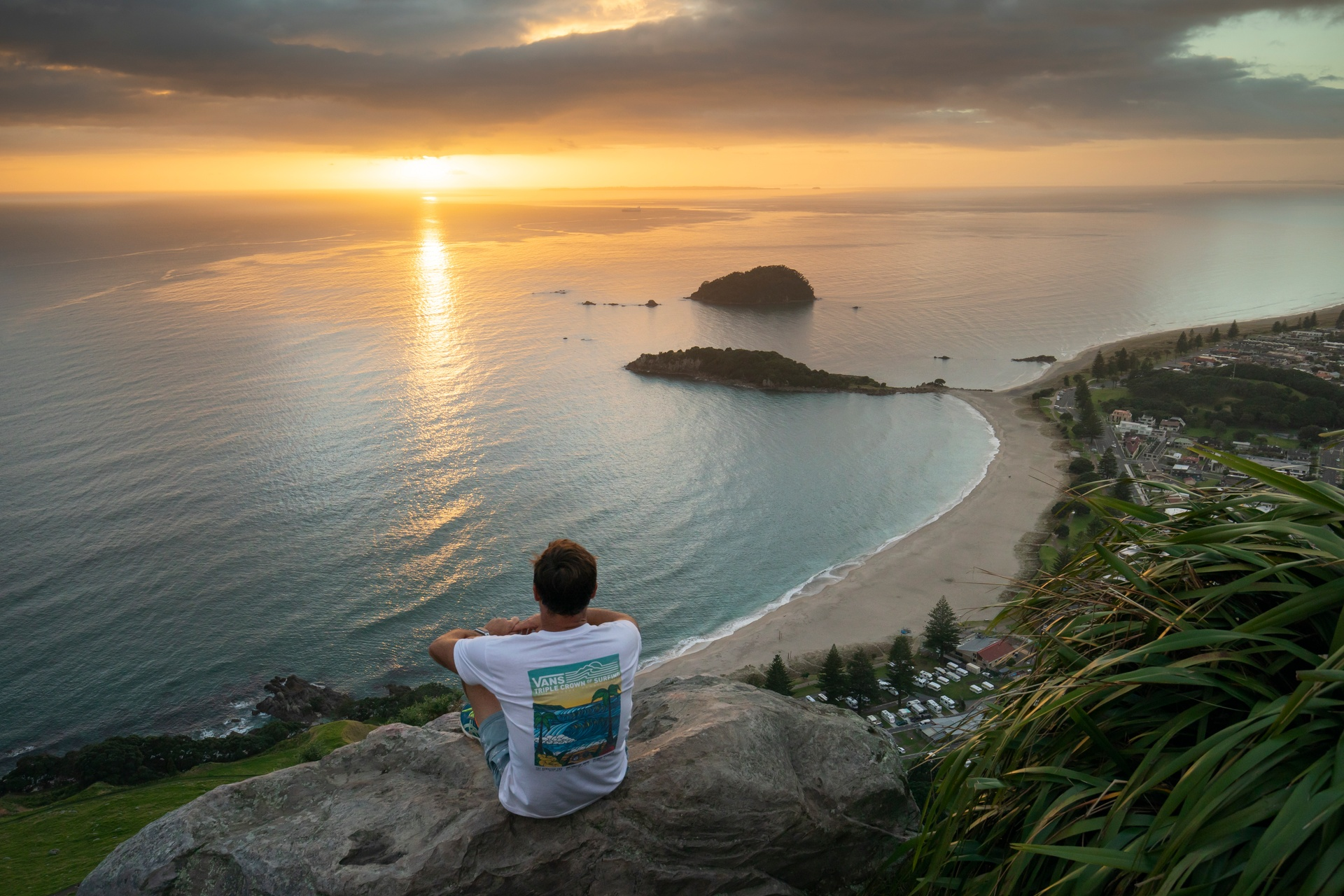 20-Mount-Maunganui-Bay-of-Plenty-Graeme-Murray.jpg