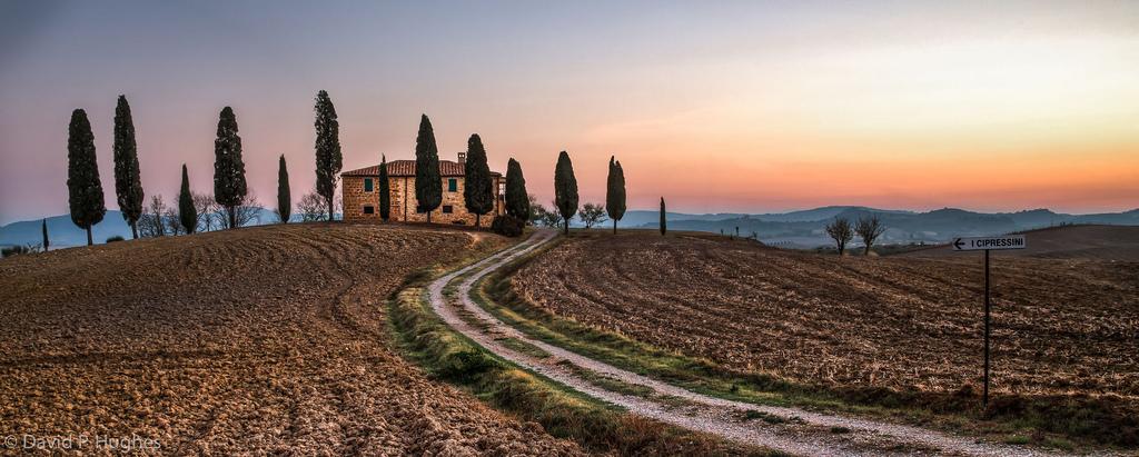 tuscany house.jpg