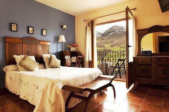 hotel-rural-fuentes-de.jpg