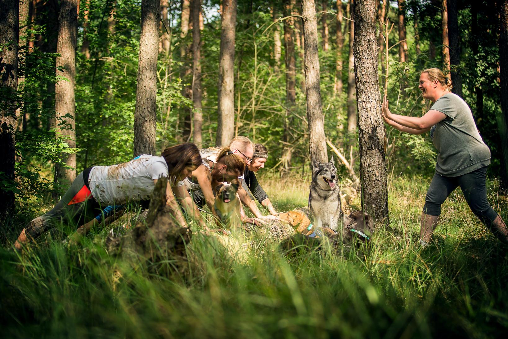 Camp Canis Team Feier.jpg