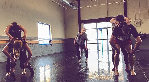 """Chicago NDP is excited to be heading back into the studio tomorrow for rehearsal #2 of """"Soul Sounds"""" 😁 Be on the look out for some fun raw footage, and get your tickets NOW for the premier at BANDChicago! Ticket link is in our bio 👍🏻#dance #chicagodance #chicagodancers #dancecompany #contemporarydance #nowdanceproject @miranda__please @krispop03 @quincieb @jackatac @b__64 (beautiful setting @extensionsdance 💛)"""