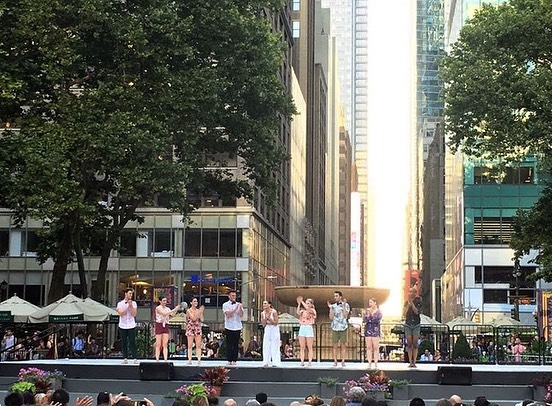 One year ago today, @nowdanceproject performed on the incredible Bryant Park Stage 😁 What an amazing day that was filled with love, support, friendship, art, and the electric energy of NYC surrounding us! We will always be grateful to everyone who came out and supported us and to @itearts for such a memorable opportunity! 🥰😁💖 *  #nowdanceproject #bryantparkpresentsmoderndance #bryantpark #contemporarydance #dance #dancecompany #dancenyc #Tinderness * @samassemany @sarahousepian @lemogild @jarredbosch @coleashley_ @sarahcdodd @apolivieri @trcyanthny