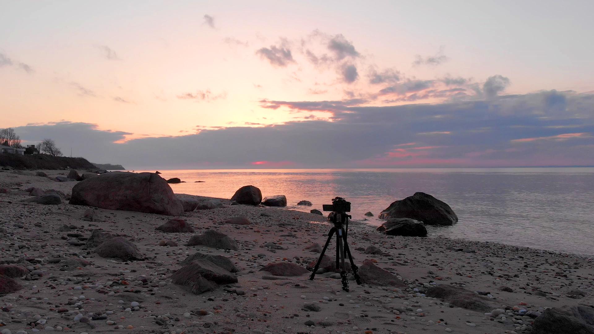 CameraInCameraByTheSea.jpg