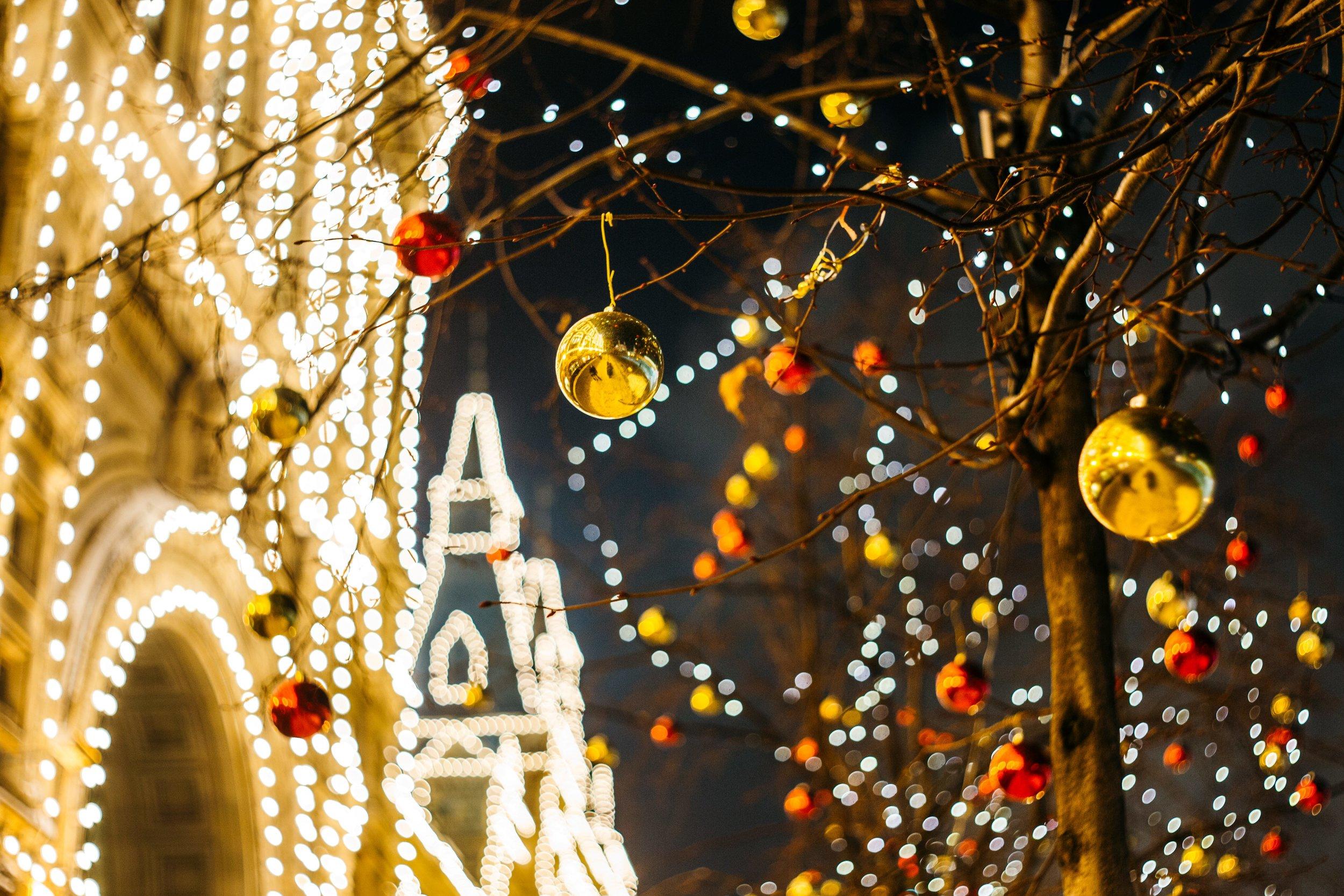 Christmas-music-outdoors.jpg