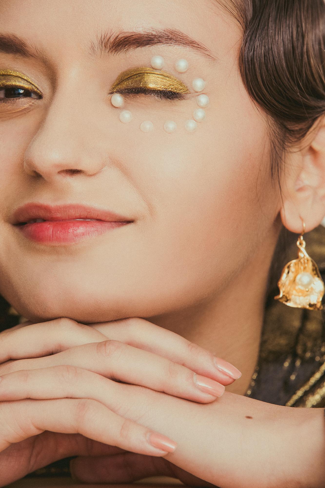 Duo-Linn-Lofficiel-Beauty-Editorial-03.jpg
