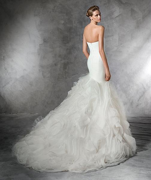 Pronovias Wedding Dress Vancouver Washington