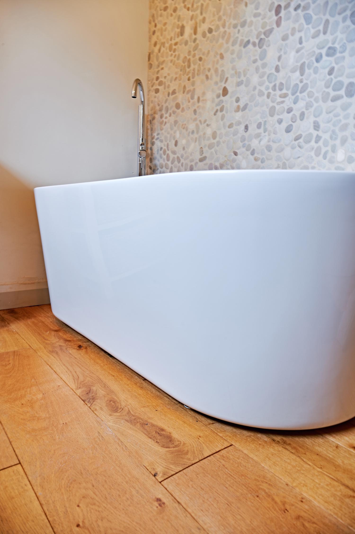 Bathub portrait.jpg
