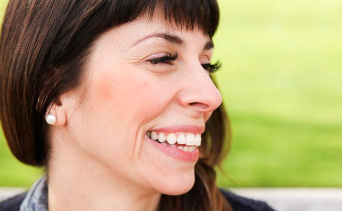 close-up-eyelash-extension-.jpg