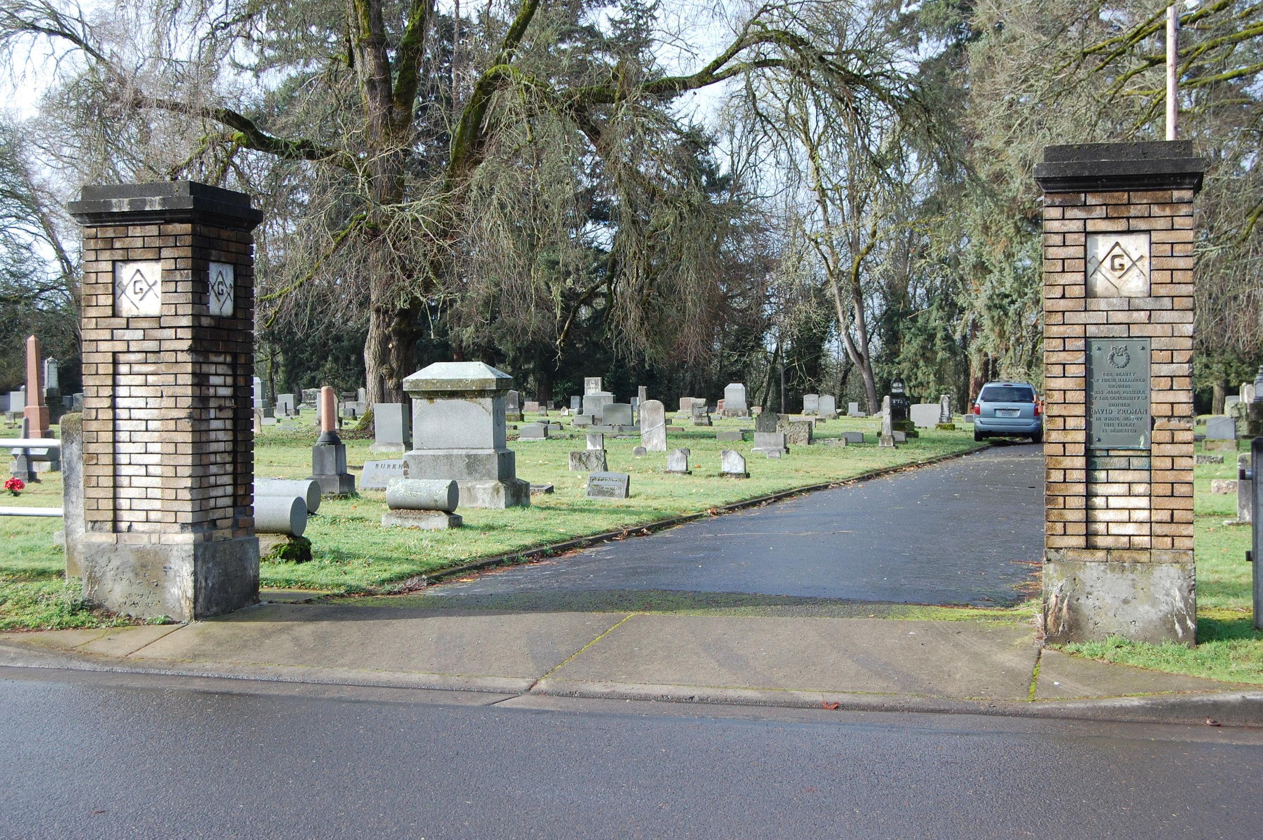 Albany Masonic Cemetery; photo courtesy Kay Burt.