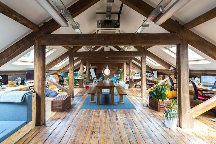 Duke Studios in Leeds, England   If you're looking for a hip, creatively driven coworking space in vicinity of Leeds, England, you should definitely look into getting yourself a membership at  Duke Studios . Offering coworking space, desk rentals, and even studio space, you really have your pick of arrangements here. It's beautiful, it's affordable, and it's full of interesting people — what else could you ask for?