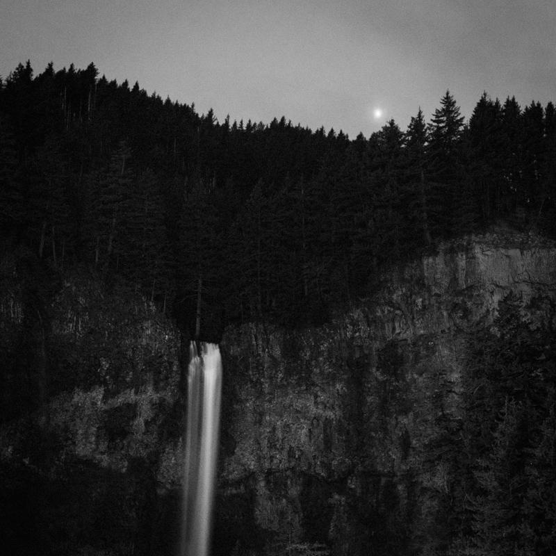 Moon over the falls, Multnomah Falls ~1, April 2017