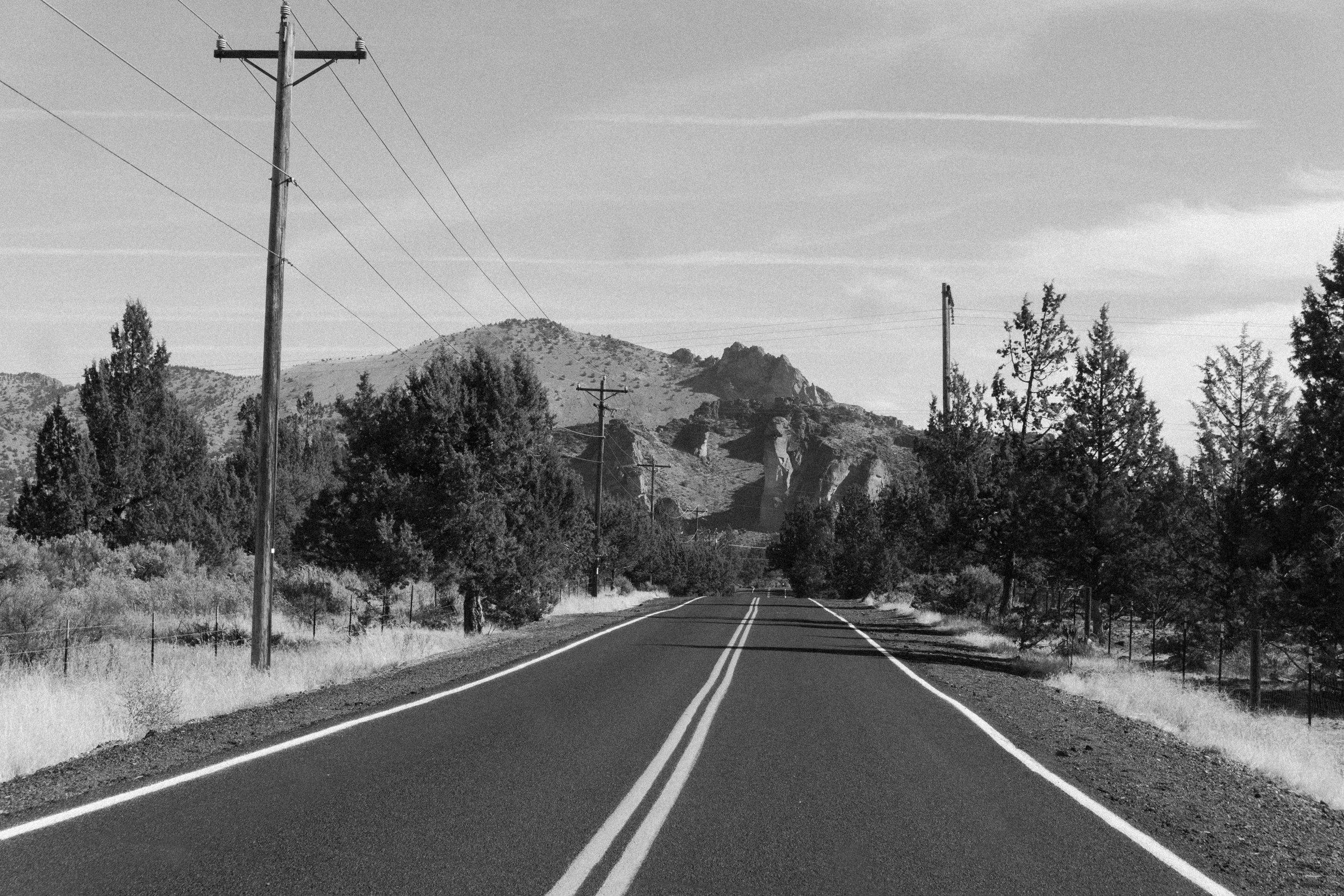 Approaching Smith Rock