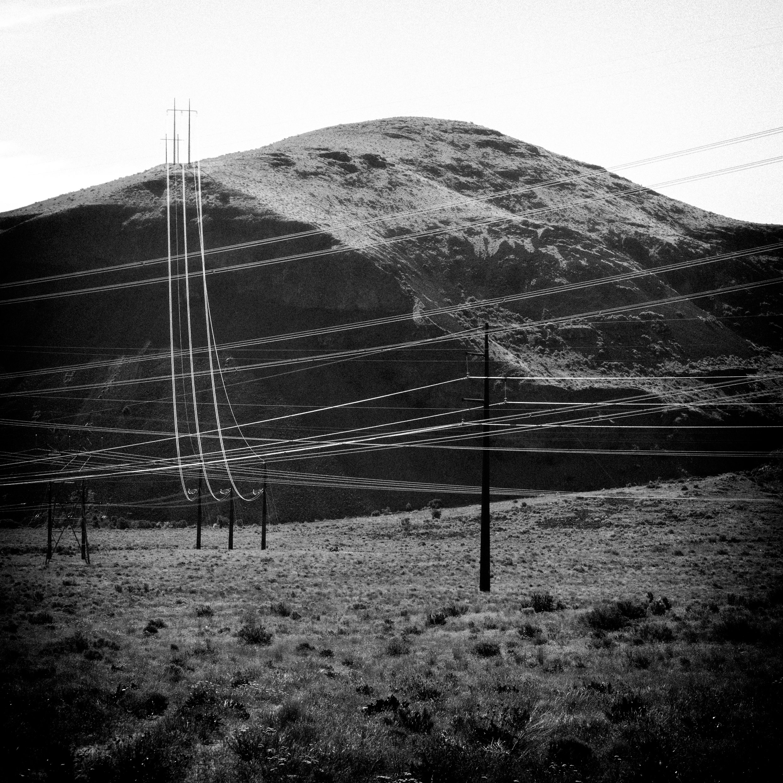 Power lines, Palisades Rd in Eastern Washington, May 2017