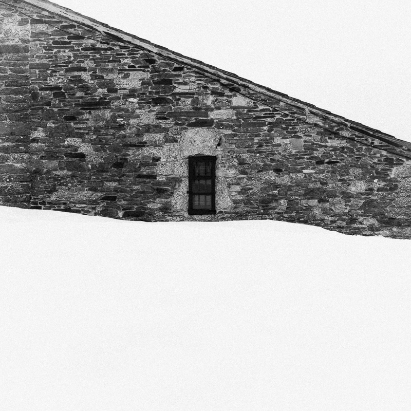 Window, O Cebreiro, February 2019