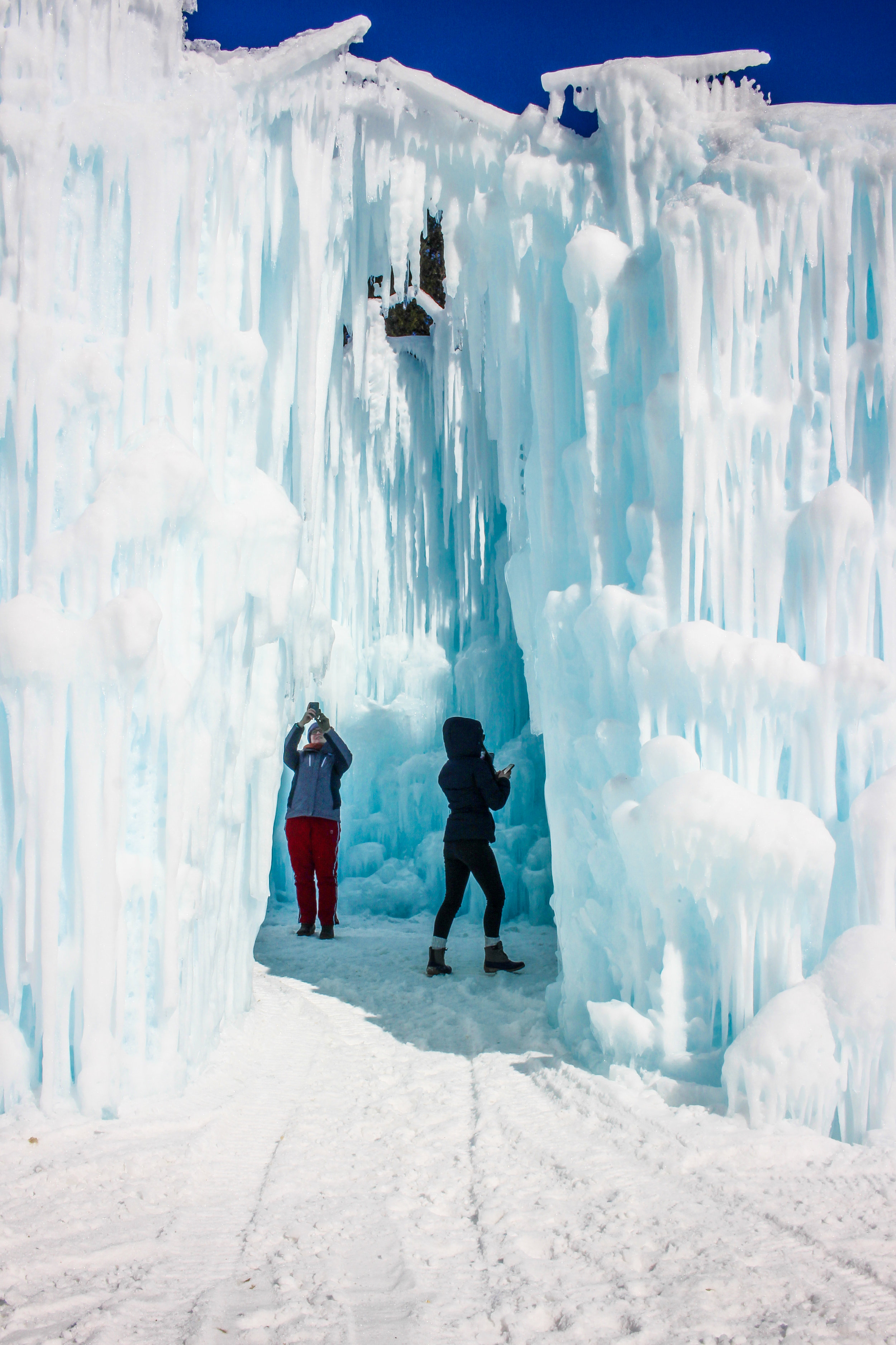 Ice Castles Stories Delete-13.jpg