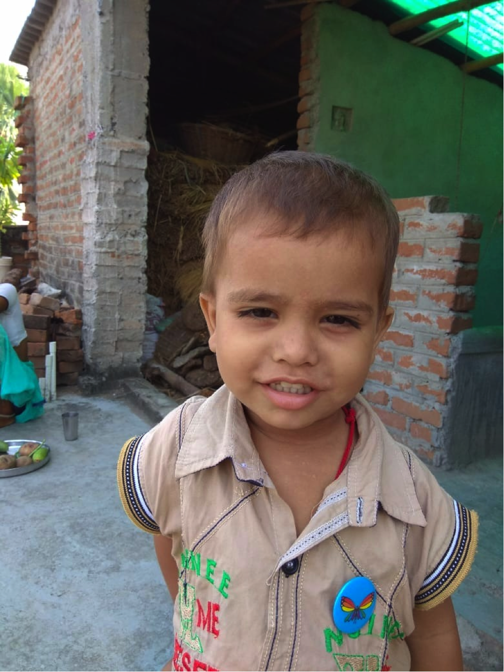 FS - Naresh's son Yash Raj wearing butterfly 2018.png