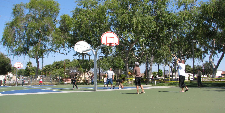 LemonPark-basket-opeing.jpg