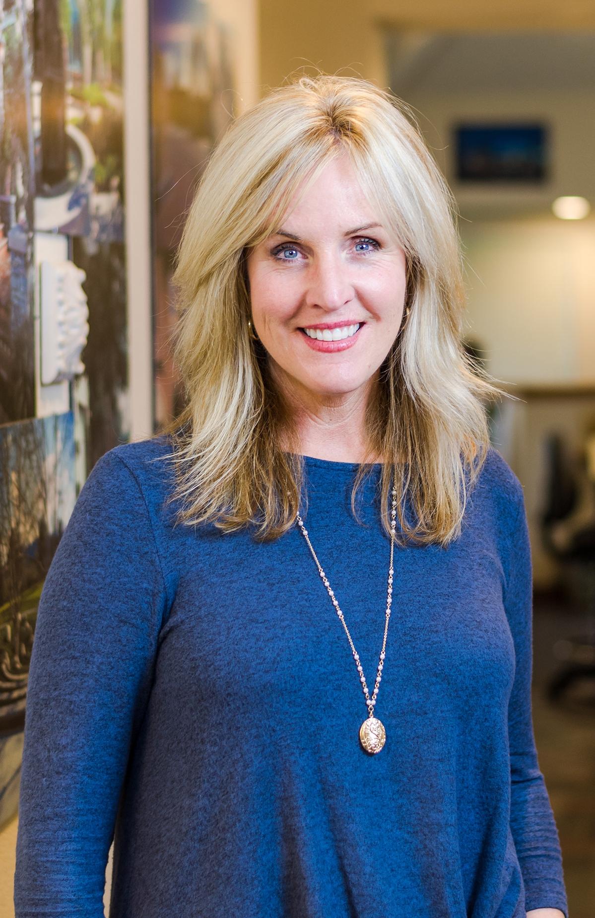 Cathy Cardoza | Admin. Director