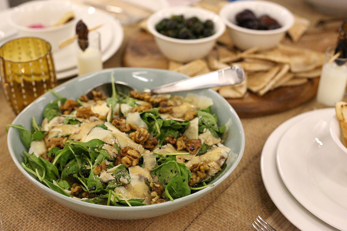 Spinach-Candied-Walnut-Salad-2.jpg