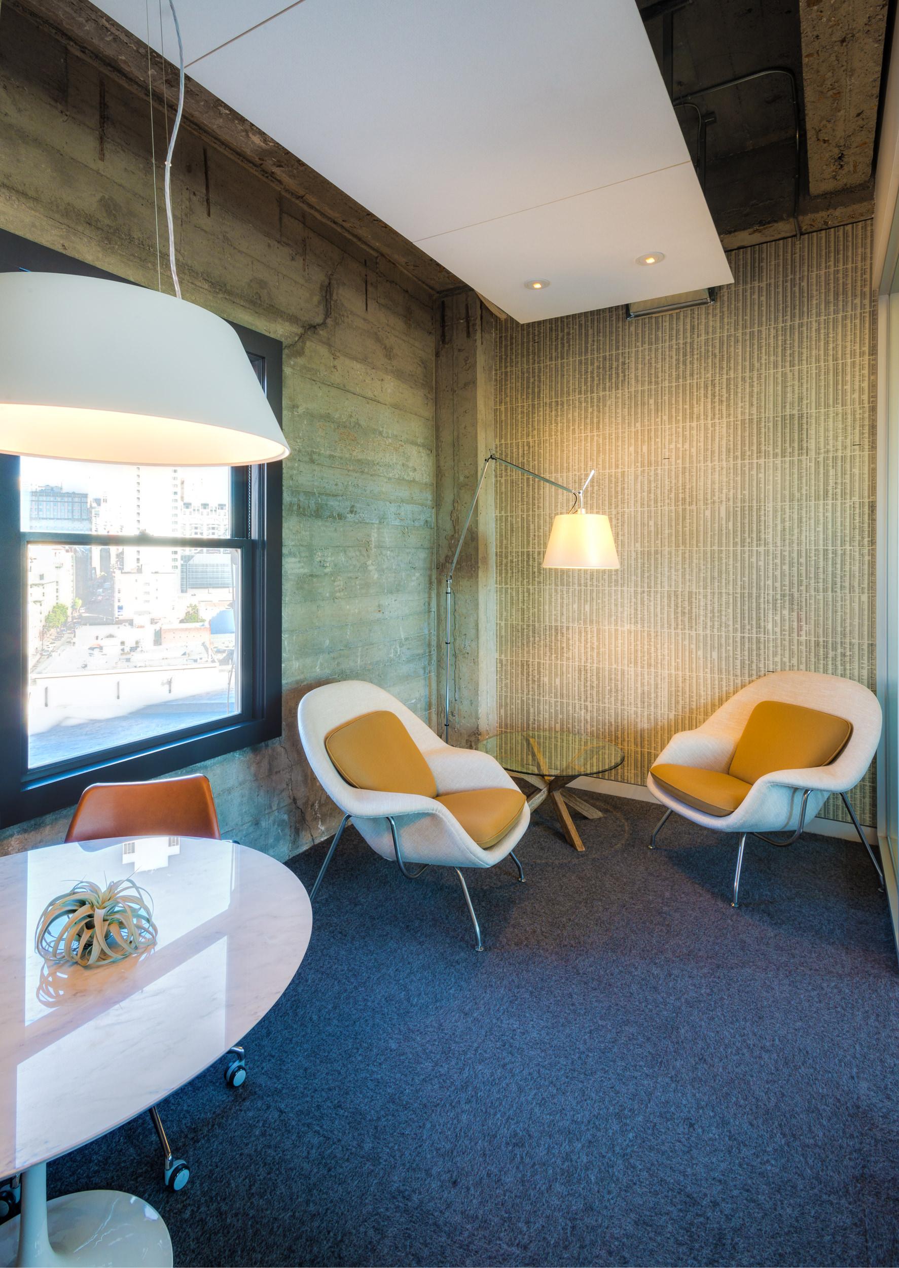 Phonebook Wallpaper Room