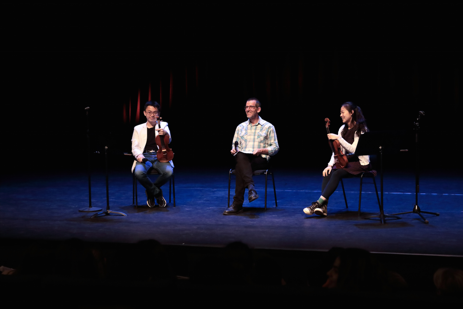 Concours Menuhin Ecole internationale conférence Ziyu He Yesong Sophie Lee@Nathalie Mastail-Hirosawa.jpg