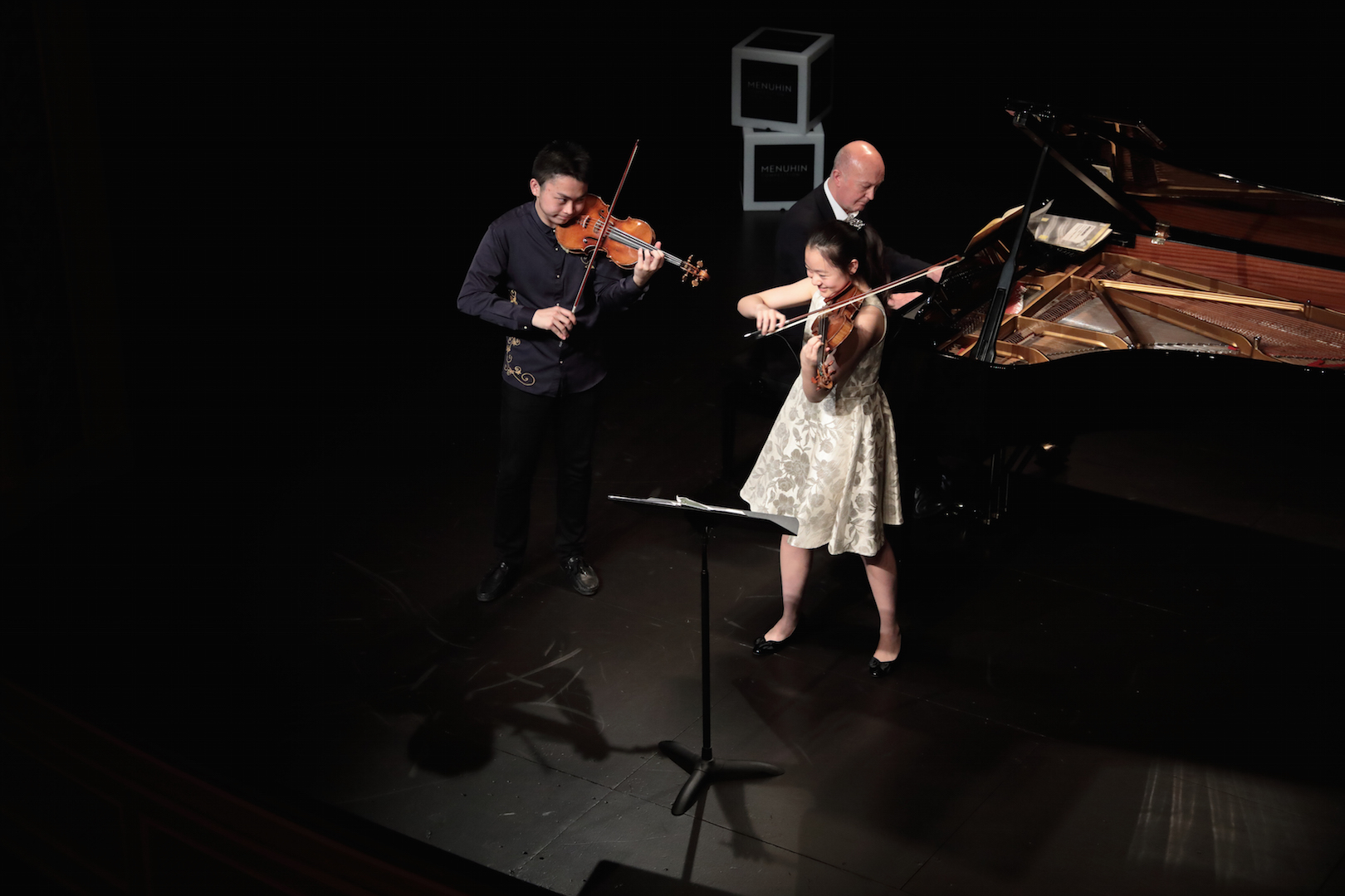 Concours Menuhin Théâtre les Salons ZiyuHeYesong SophieLee@Nathalie Mastail-Hirosawa.jpg