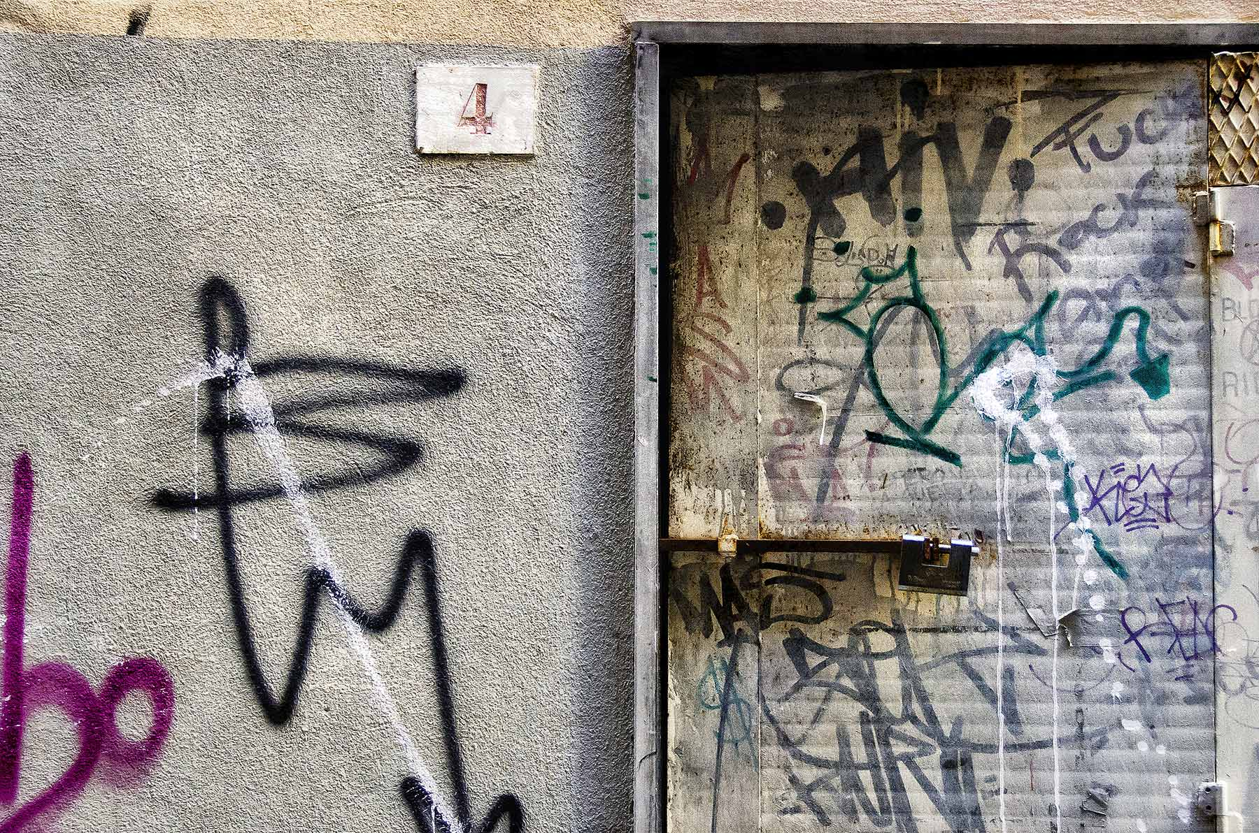 Italy #6911