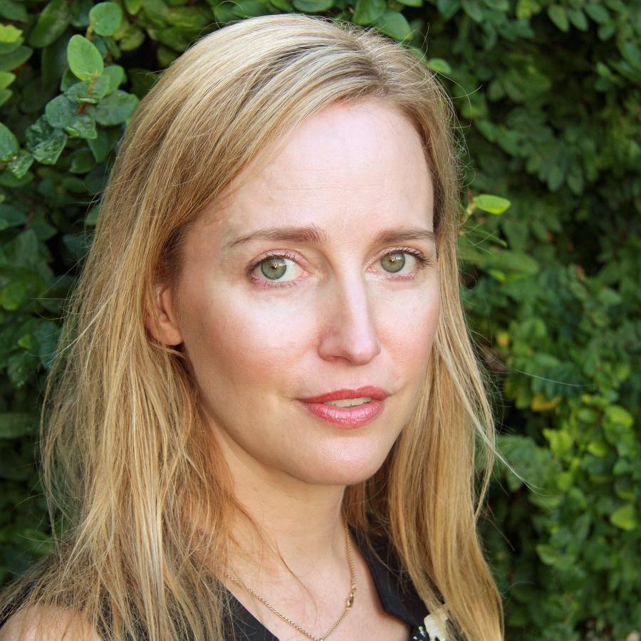 Associate Professor Erin Griffey