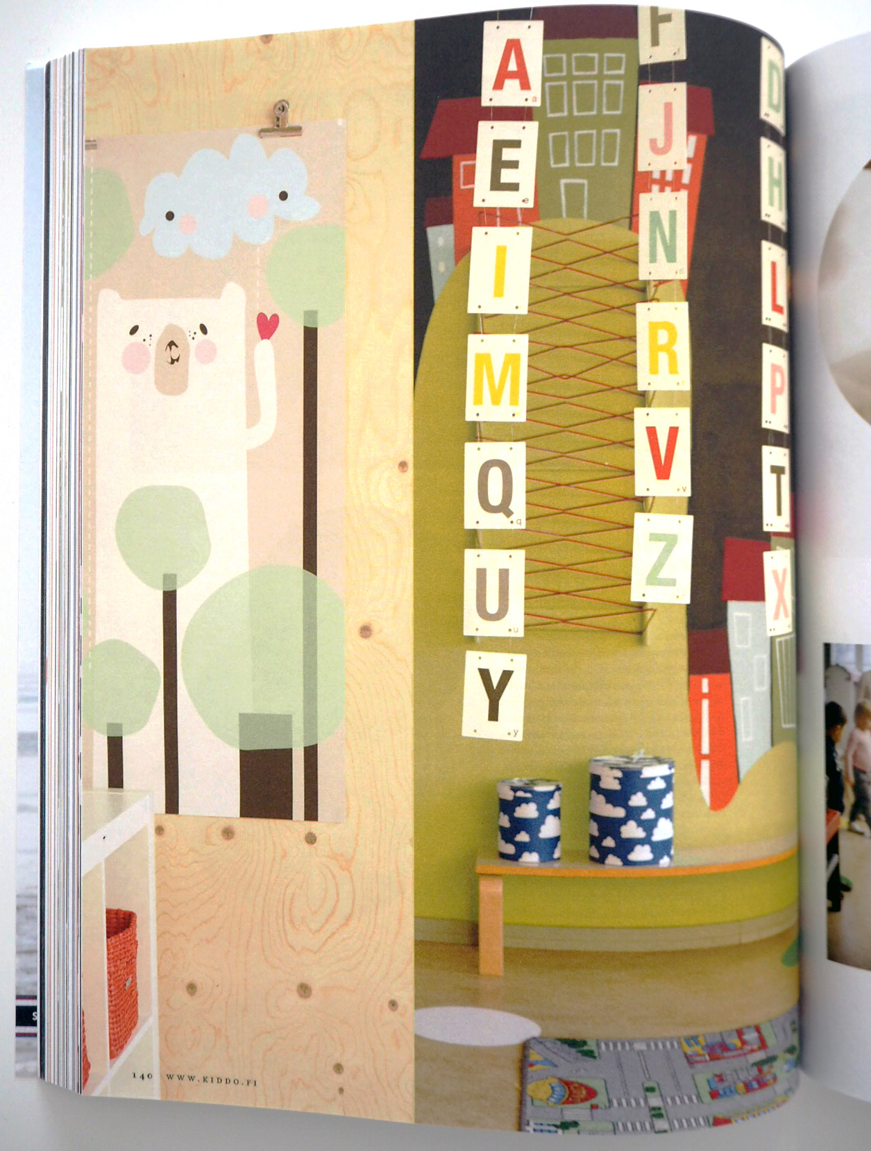 KIDD.O Magazine, 02 / 2014 MOMOLU illustrations & Piko poster (60 x 180 cm)