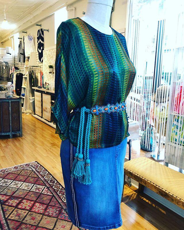 🌿 A silk top dresses up a denim skirt when you wrap it up in our @gretchenscottdesigns beaded belt. 🌿 . . . #morristownnj #boutiqueshopping #shoplocal #brickandmortar #summer2019