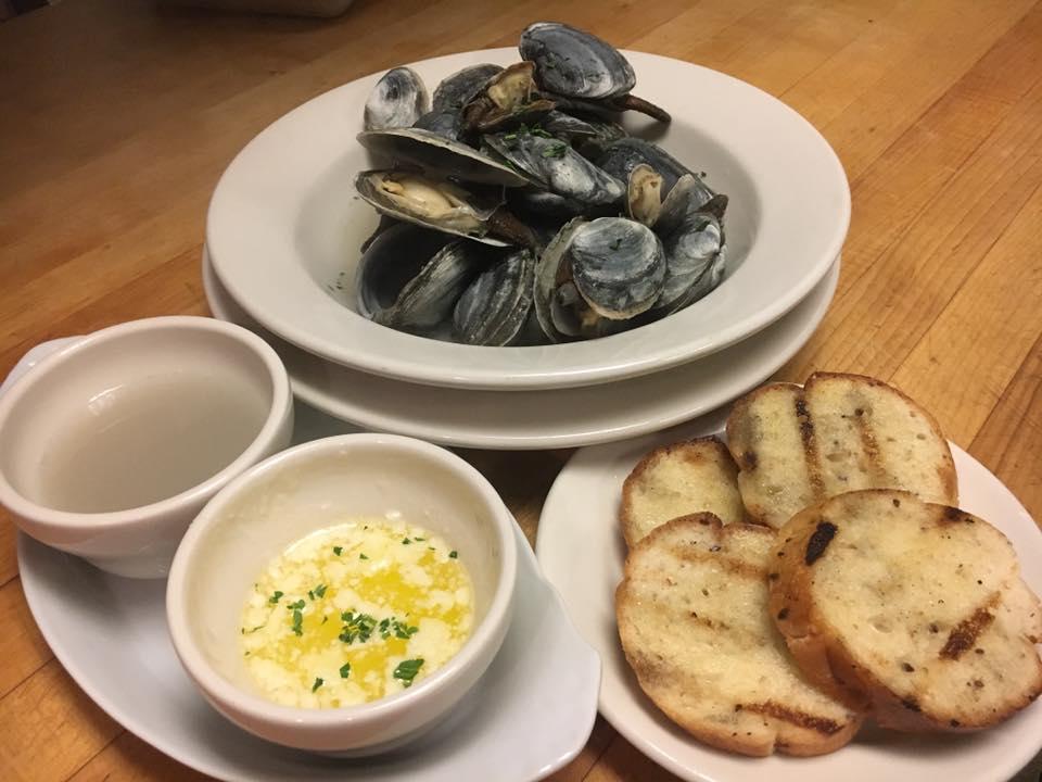 Deepwater Brew Pub mussels2.jpg