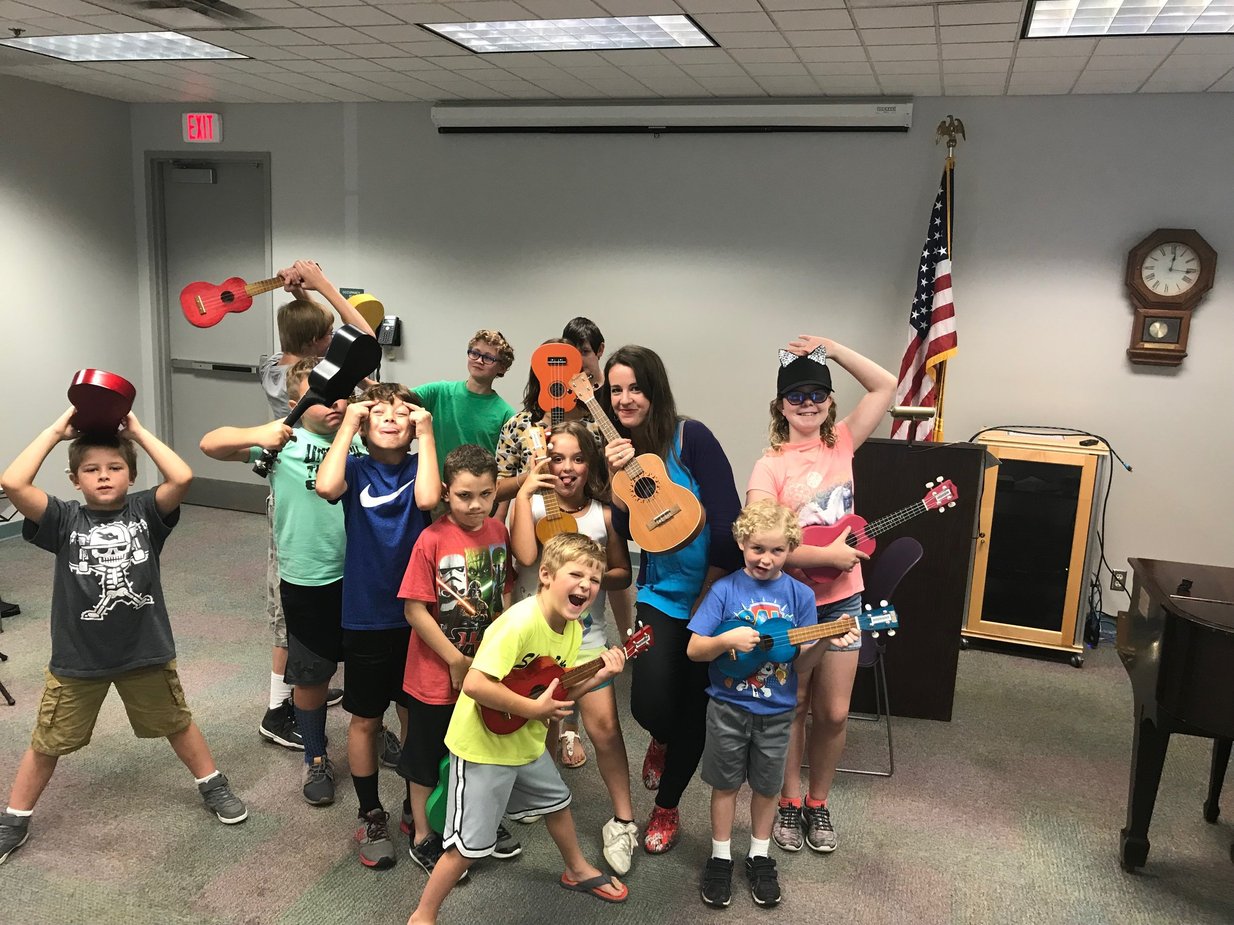 Ukulele Classes - We have a blast discovering ukulele songs that can be taught quickly. We always take a vote for our favorite songs that will be taught throughout the class.Beginner and Intermediate ukulele classes are offered.