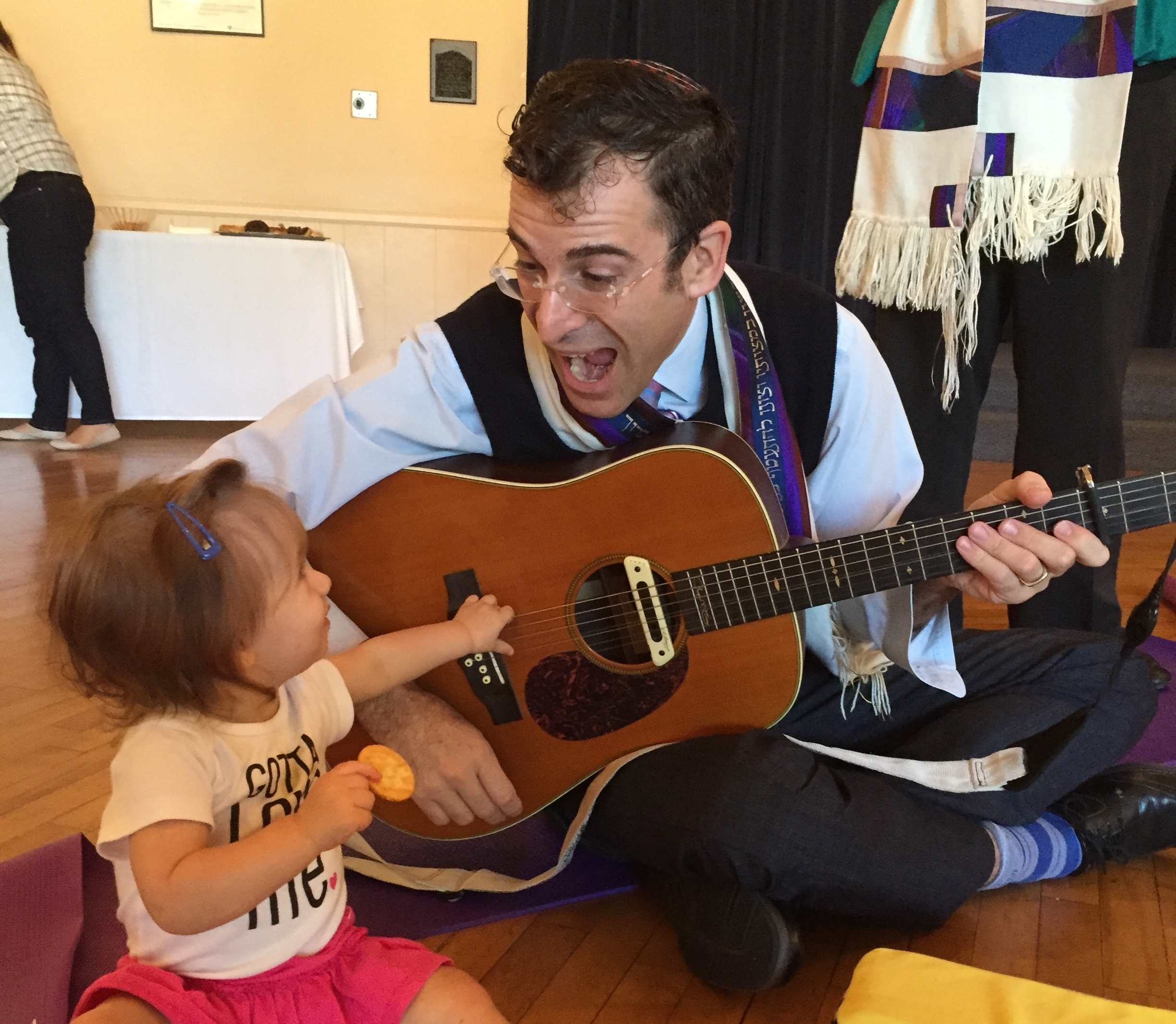 Tiny Tot Shabbat - For 0-2 year olds, join us the first Friday of every month from 9:00-9:30AM.Because you are never too young to celebrate Shabbat at Temple Akiba.