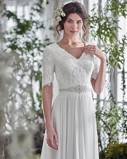 Love chiffon? Love 1/4 sleeves? You'll love Lyiette! #modesty #modestfashion #modestbride #love #idaho #idahofalls #imengaged #imgettingmarried #gettingmarried #gettingmarriedsoon #gettingmarried2017 #engaged #bride #byu #byui #provo #provoutah #utahbride #loganutah #logan #wedding2017 #wedding2017 #rexburg #rexburgid #wcengaged #wcdreamdress