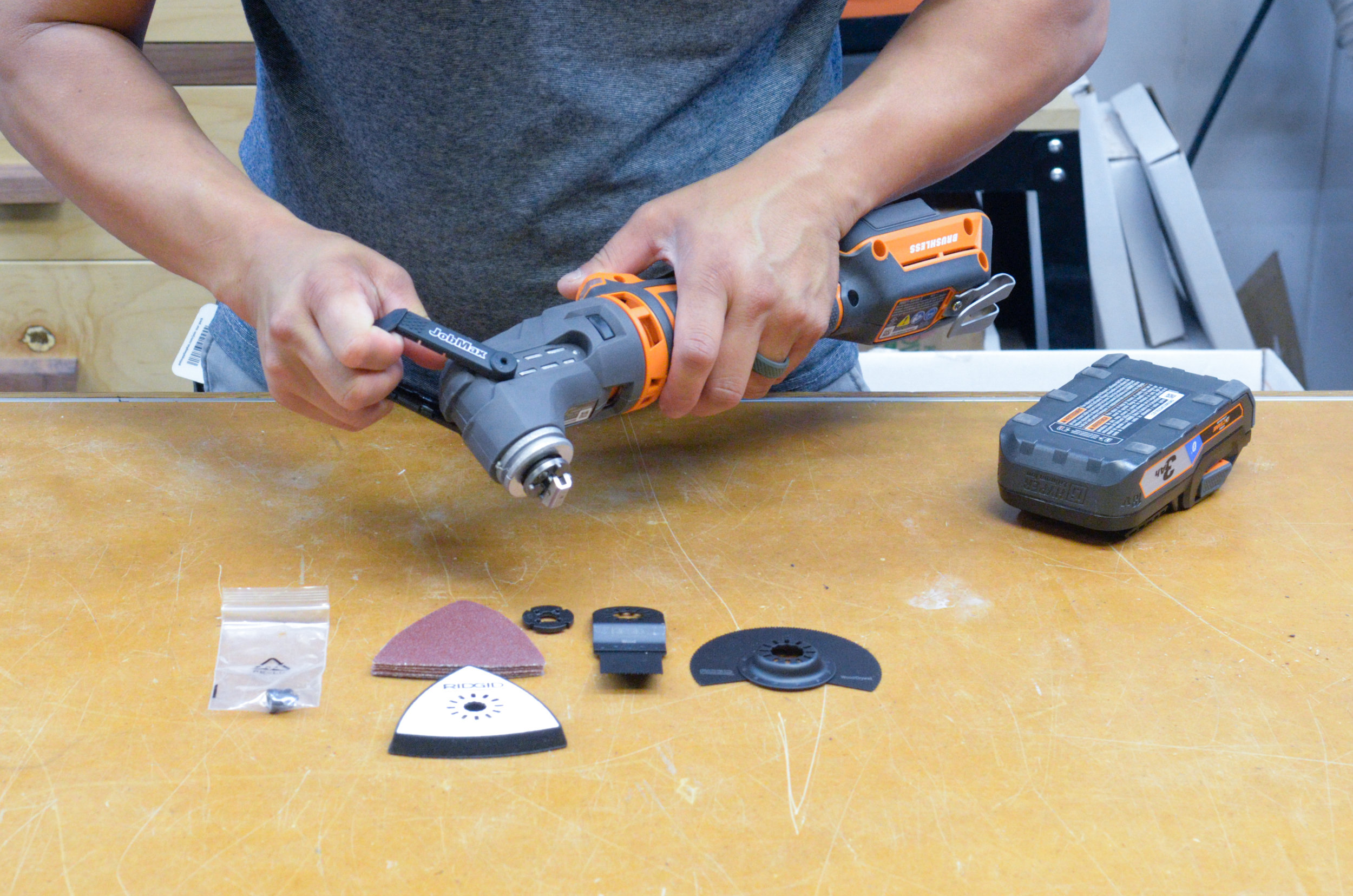 Easily swap out accessories by flipping the lever on the tool-free multi-head.