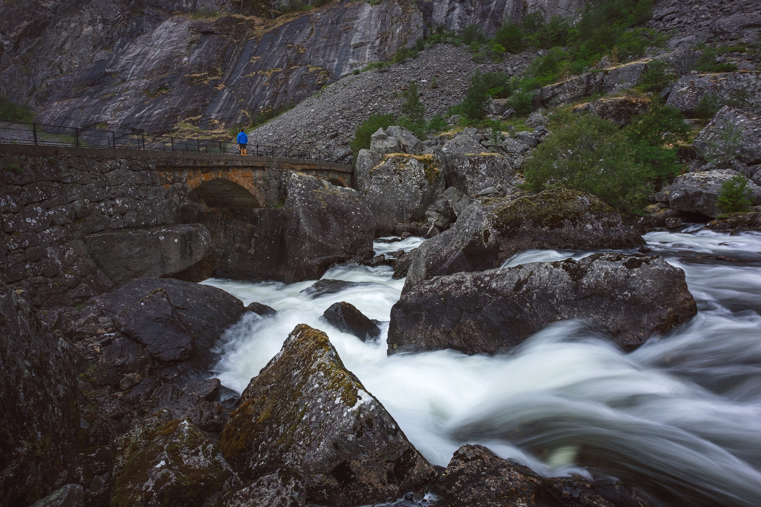 Further down from Vöringsfossen on an old stretch of the road