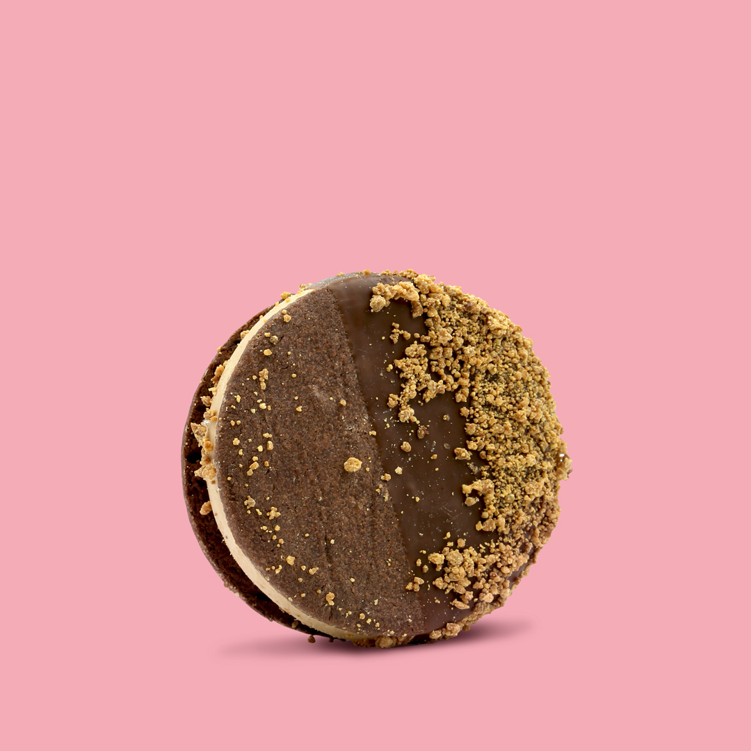 CHOCOLATE WASTED SANDO   Solstice milk chocolate ice cream • Chocolate shortbread cookie • Dark chocolate dip • Roasted white chocolate bits