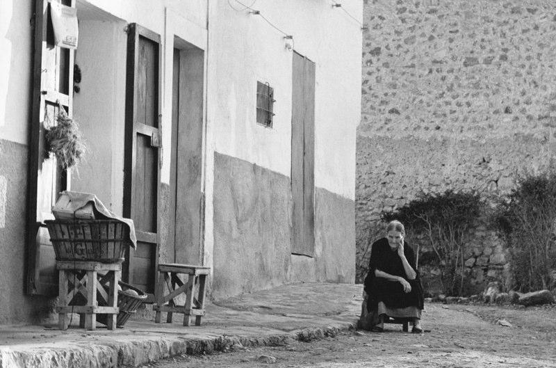 Pensive Old Lady, Majorca