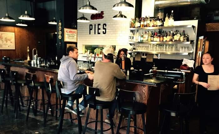 Smithfields Pub and Pies, Ashland, Or