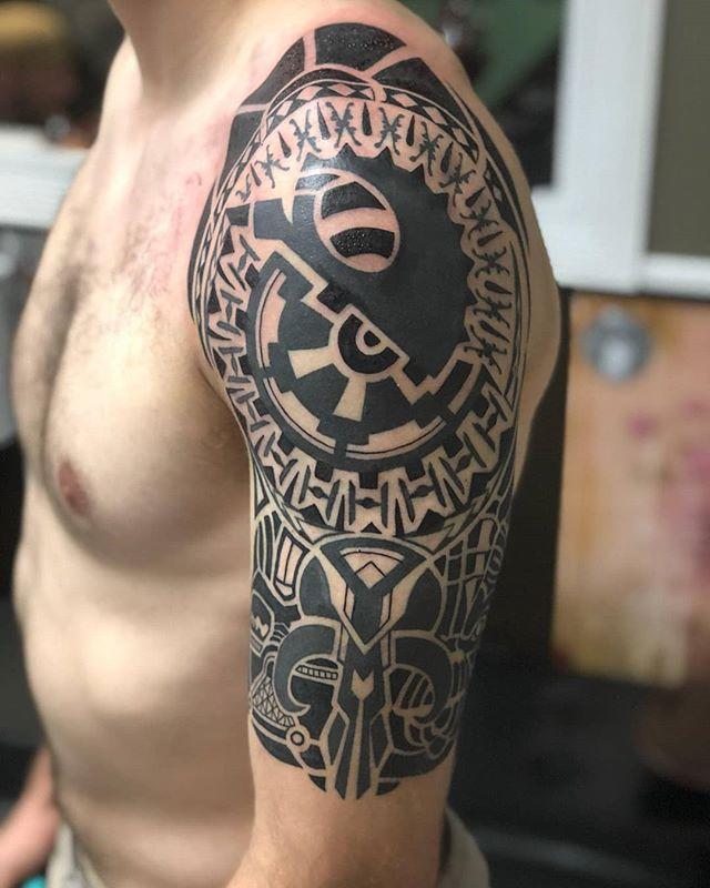#TheForce is strong with this #polynesiantattoo styled half sleeve. #guyswithtattoos #starwarsfan #starwarsart #starwarstattoo #tattooartist #inkaddicts #tattooist #tattooboy #dmactattoos