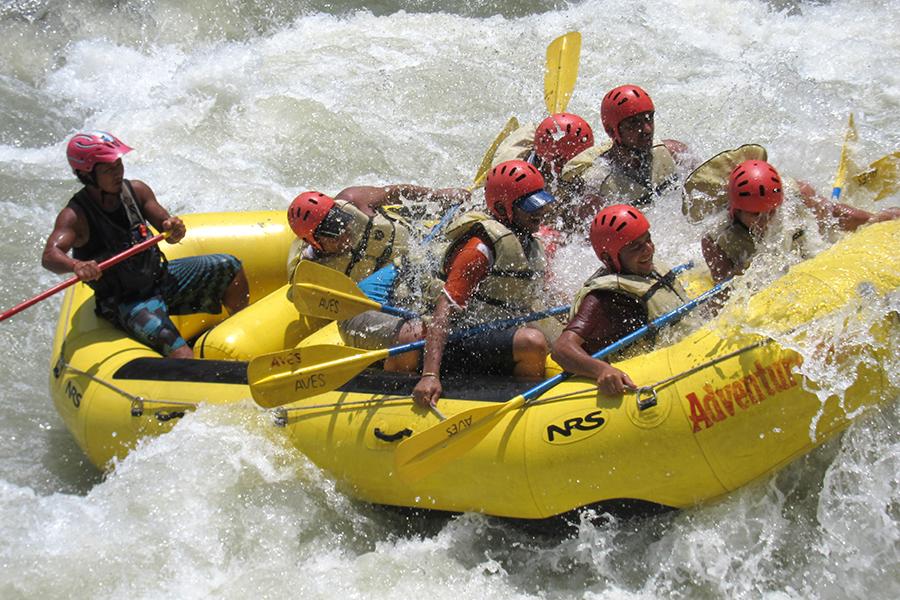 Rafting in Bhotekoshia.jpg