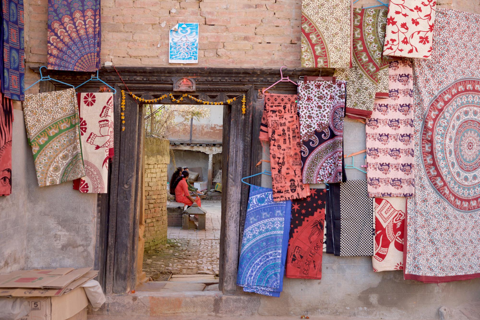 Nepal-Streets-2016- C26O7886.jpg
