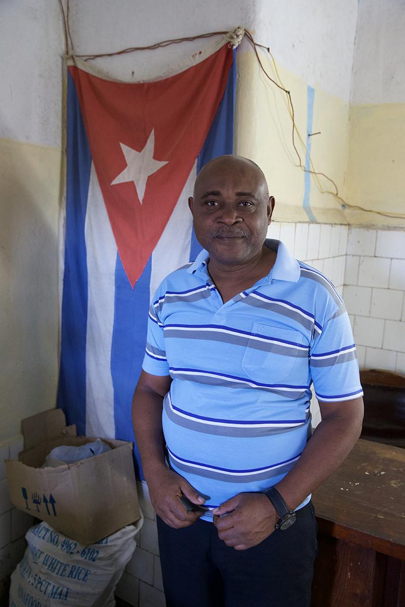 cuba-Santiago-Cuba-2-18- C26O2926.jpg