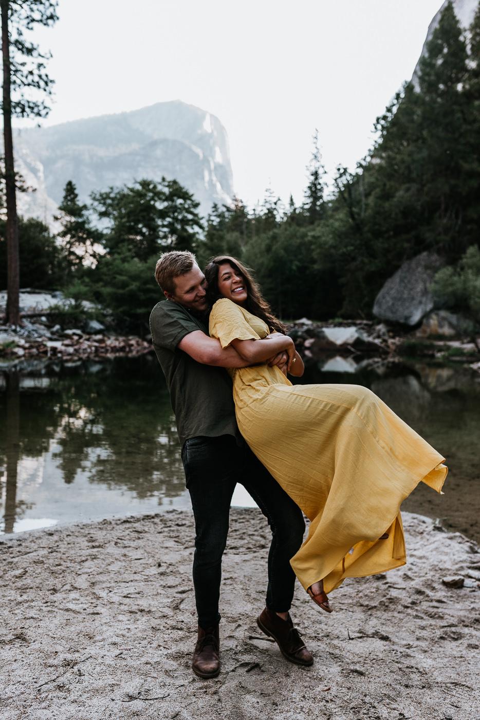 Couples-Photography-Session-Yosemite-National-Park-2.jpg