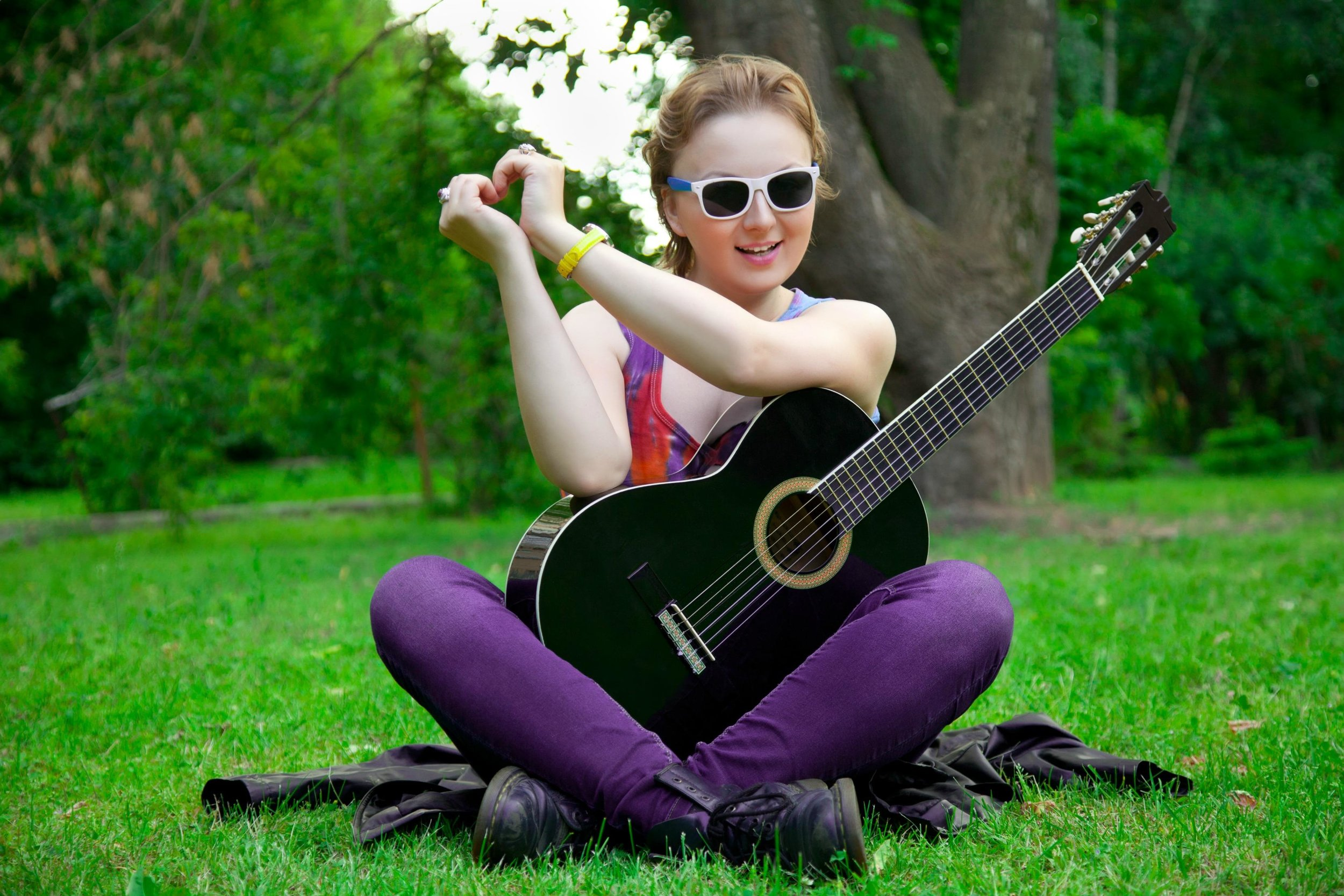 Tween-girl-glasses-acoustic (compressed).jpg
