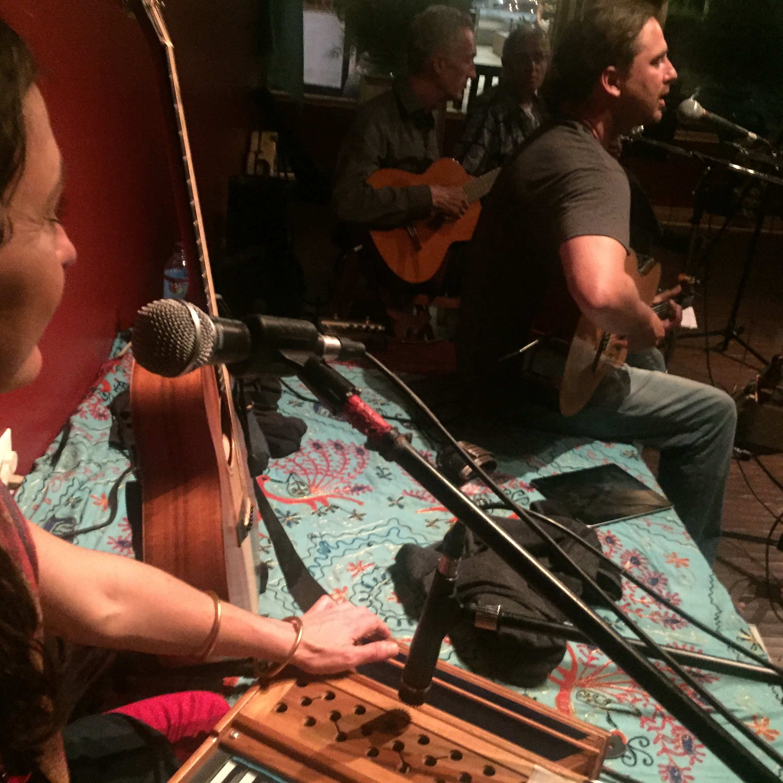 Kavita performs with Josse Jaffe & Johanna Beekman at Bhakti Yoga Shala.