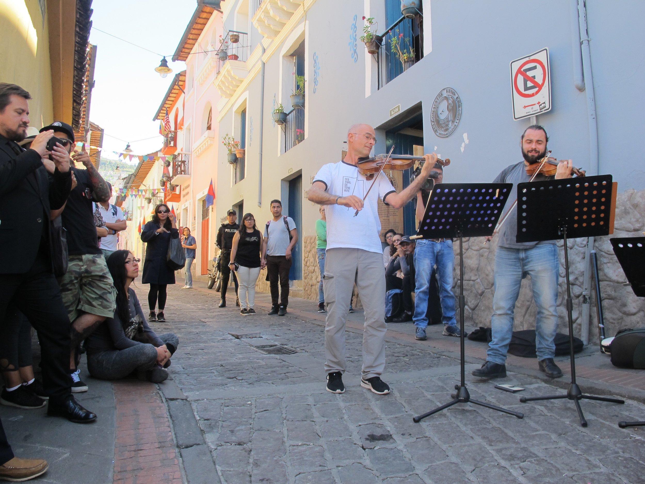La Ronda. Concierto InSitu Centro histórico de Quito. Junio 2018.