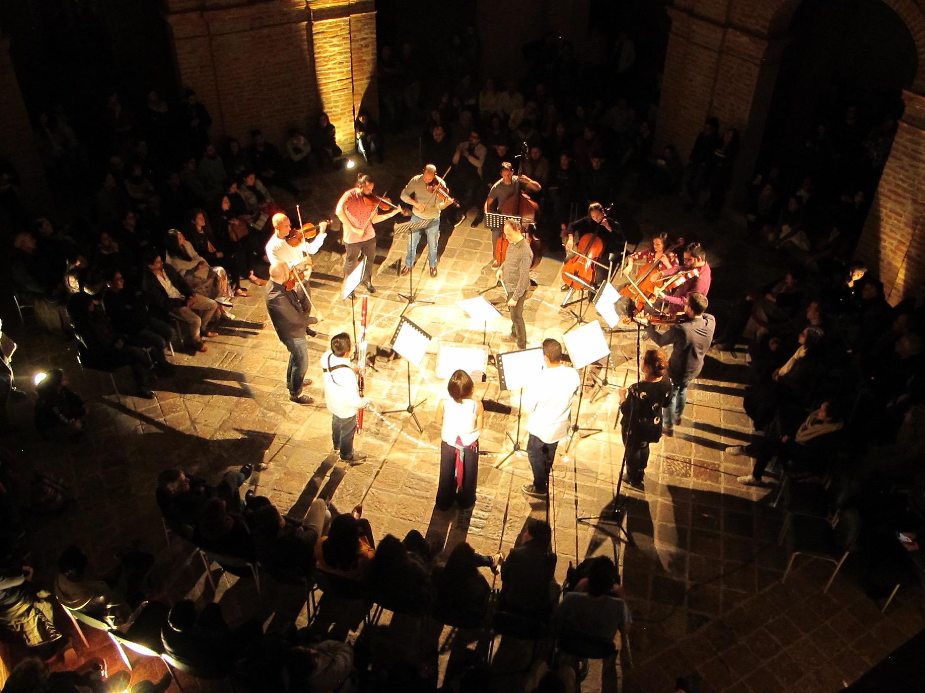 Centro de Arte Contemporáneo. Concierto  Roda de Amigos  Centro histórico de Quito. Junio 2018